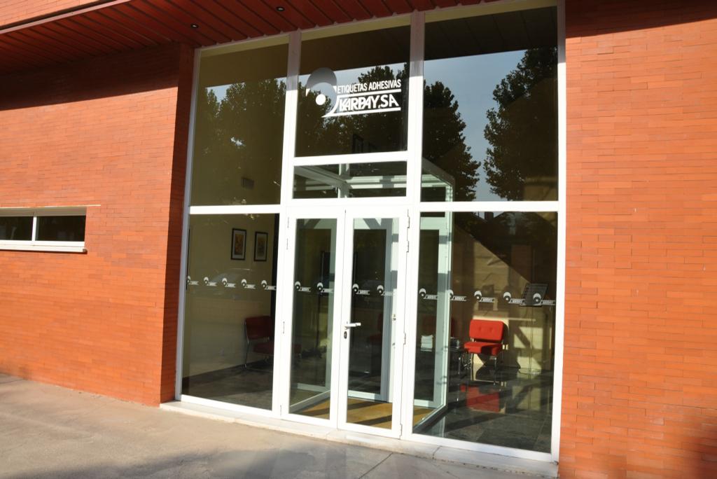 4acdce5faa0c Fábrica de etiquetas autoadhesivas en Madrid - Karpay S.A.